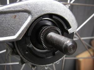 自転車の 自転車 固定ギア フリーギア : スピードの固定ギアとフリー ...